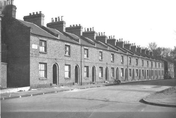 Hickling St,Rotherhithe,1958..jpg