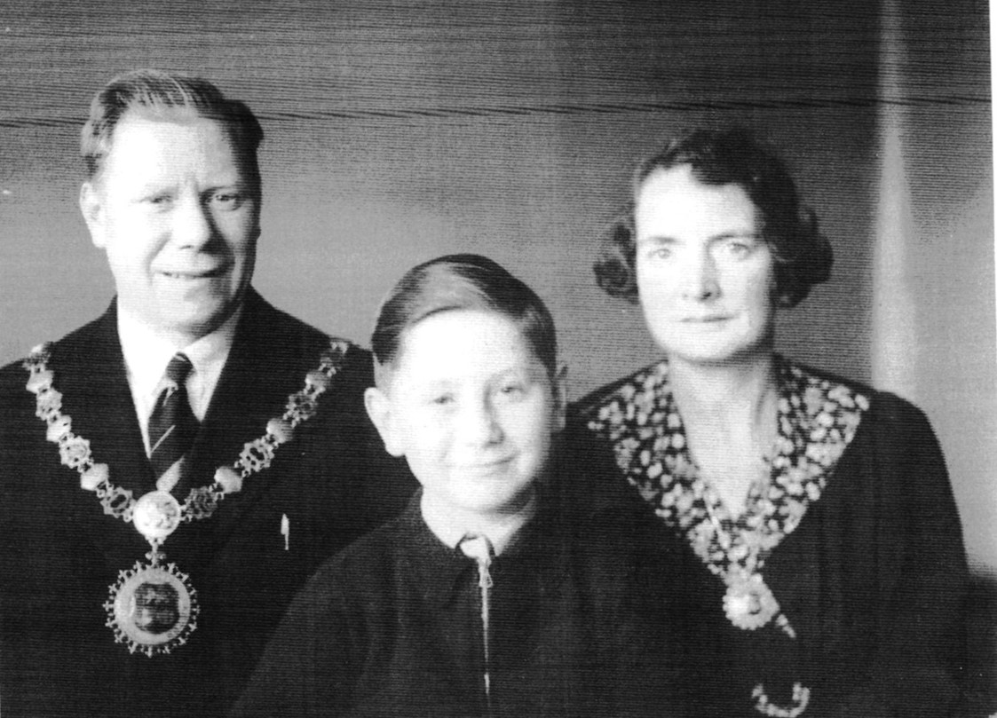Bermondsey Mayor and Mayoress Albert and Gladys Verrell Henley.1940-41 with their son Len.  X.jpg
