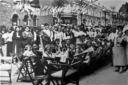 Alderminster Road. The 1935 Jubilee Street Party, Monnow Road is the side street.  X.png