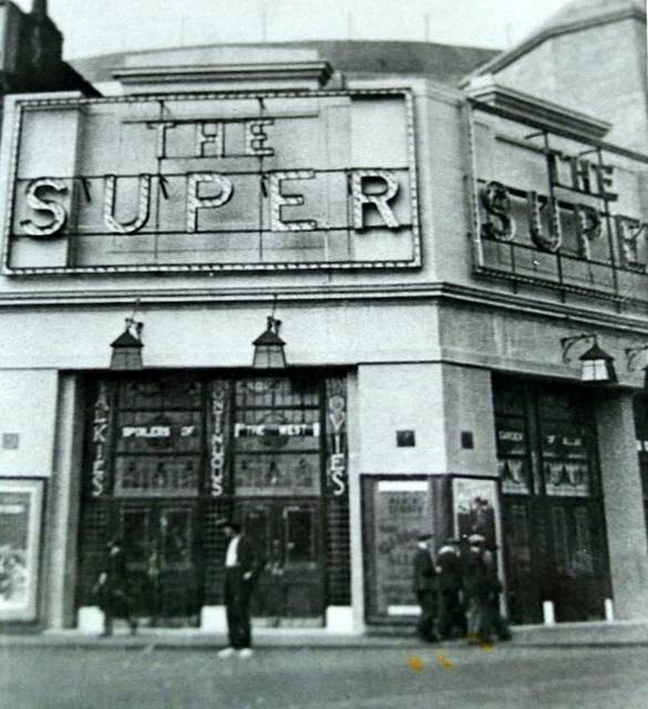 Super Cinema 1930 Tower Bridge Road.jpg