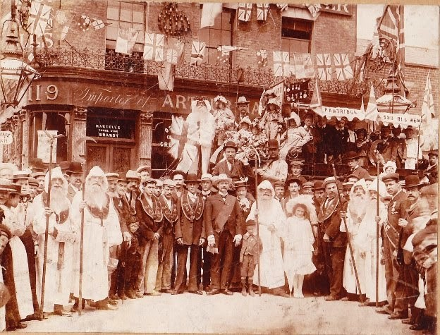 ANCIENT DRUIDS,OLD KENT ROAD 1896..jpg
