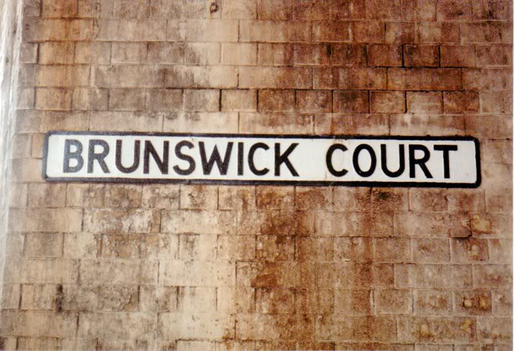 BrunswickCourtSign.jpg