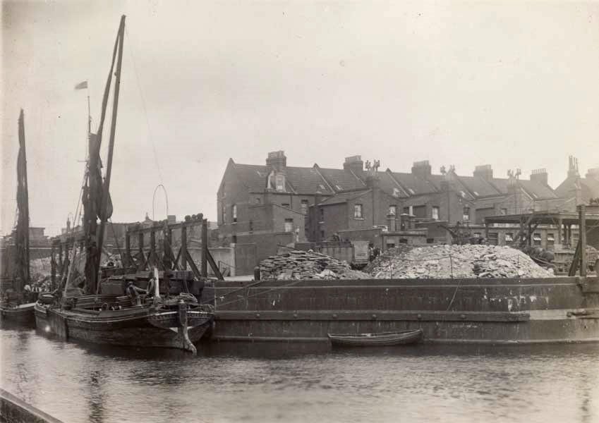 Glengall Wharf,around 100 years ago. 2015..jpg