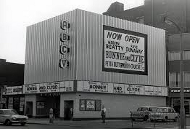 ABC Cinema New Kent Road 1966.jpg