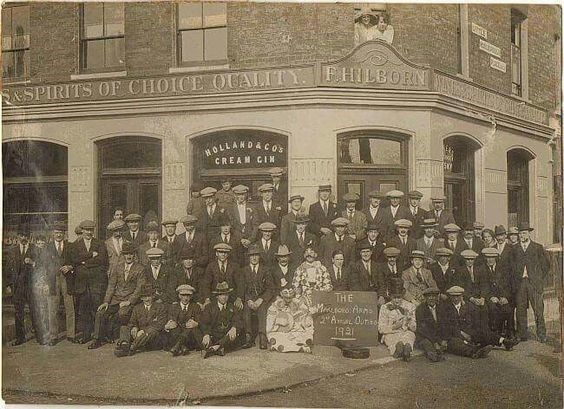 Marlborough Arms,Marlborough Road,off Old Kent Road. c1921..jpg