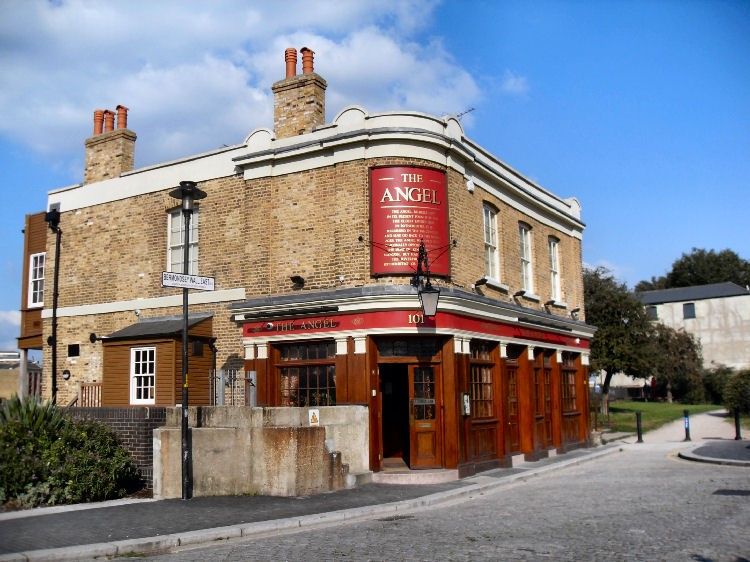 THE ANGEL PUB2.jpg