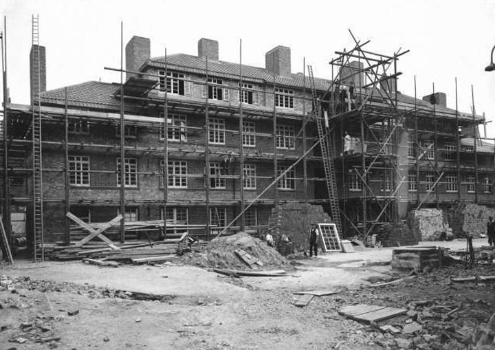 Harold Estate 1934 Under Construction.jpg