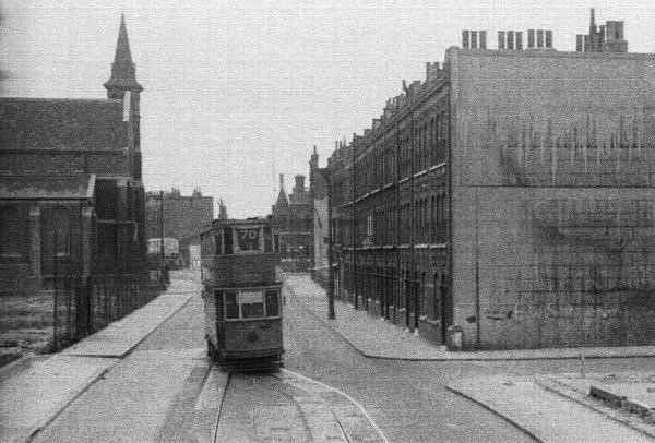 Jamaica Road. I think the street to the right is Neckinger St.jpg