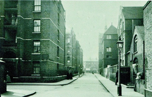 Webb Street Looking towards Tower Bridge Road.jpg