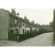 ThomasPlace1935LaterKintoreStreet.jpg