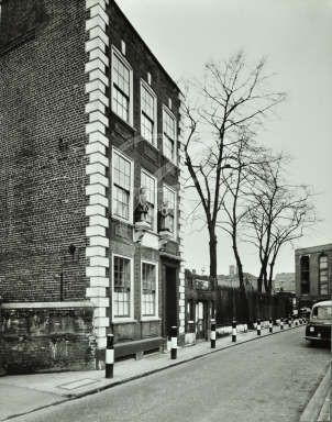 Saint Mary's parochial School Rotherhithe watch house, 70 Saint Marychurch Street parochial school and Watch House.jpg