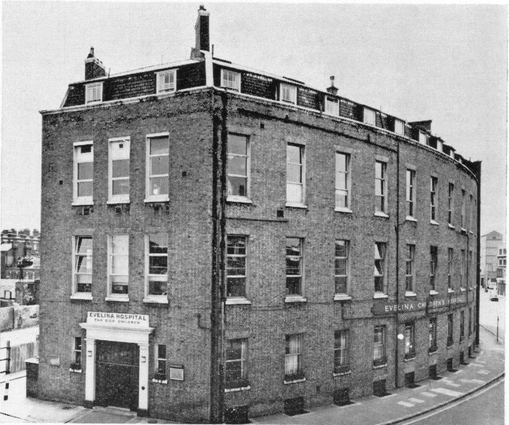 Demolished in the early 70's Corner of QUILP STREET &  SOUTHWARK BRIDGE ROAD.jpg