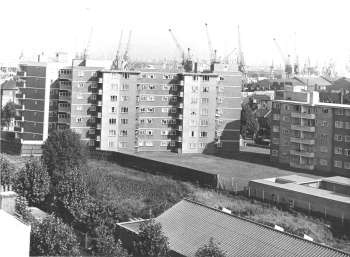 Haddonfield Estate, Bush Road, Rotherhithe, 1959.jpg