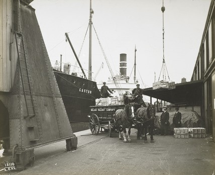 SURREY COMMERCIAL DOCKS 1922.jpg