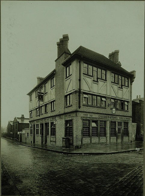 94 Bermondsey Wall East, Old Justice Pub in 1896..jpg