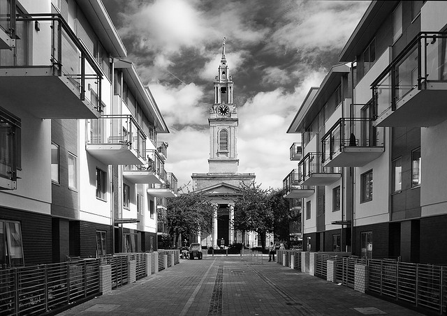 St James Church from the Bermondsey Spa development 2016..jpg