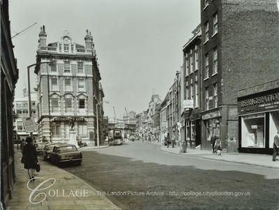 Borough High Street looking North towards the Westminster Bank (center of picture).jpg
