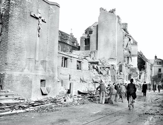Frank Davis The bombing of Dockhead RC Church in Dockhead Bermondsey in WW2.jpg