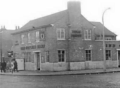 Colleen Bawn pub,Southwark Park Road..jpg