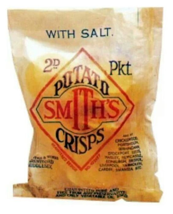 Smith's Crisps in greaseproof paper packet with separate blue paper twist….jpg