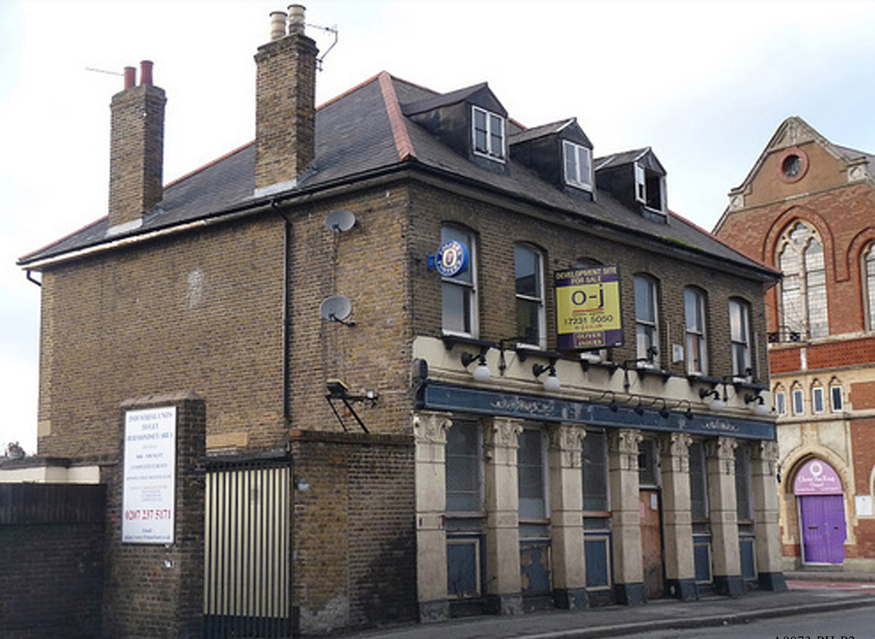 Barnaby Pub 224 Ilderton Road formerly Canterbury Tavern.jpg