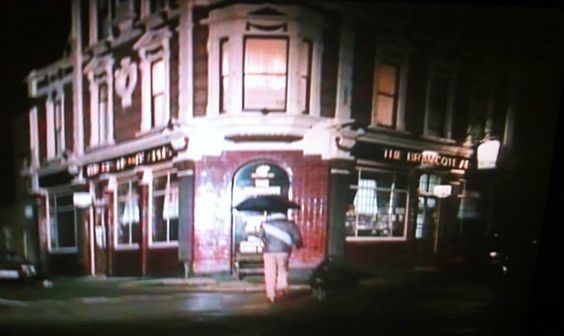 Bramcotes Arms Pub Bermondsey in 1984 when Dempsey and Makepeace was being filmed.jpg