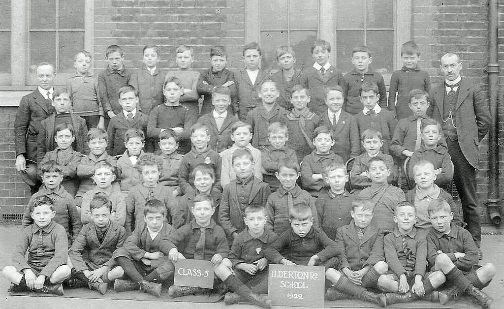 ILDERTON ROAD JUNIOR SCHOOL,VARCOE ROAD..jpg