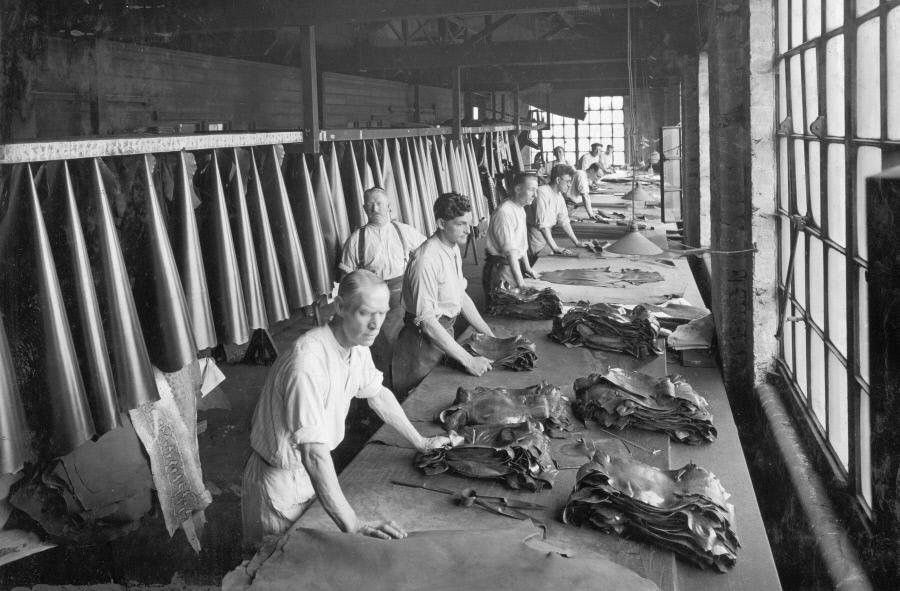 Bevington Mill finishing shop 1936 X.jpg