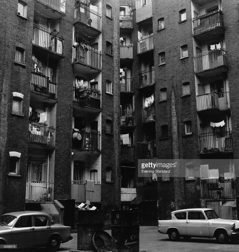 Queens Buildings housing estate, Southwark Bridge Road..jpg