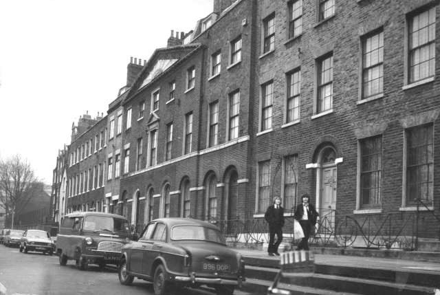 Surrey Square, 1973, Between East Street & Kinglake Street, Old Kent Road.  X.jpg