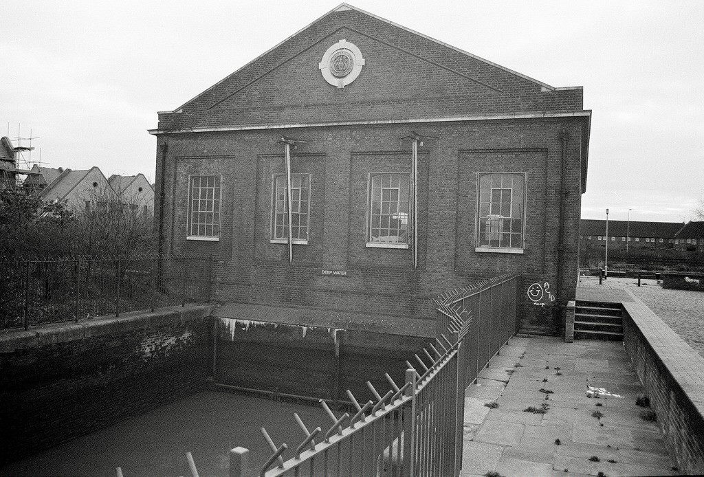 lavender Road Pump House Rotherhithe. X.jpg