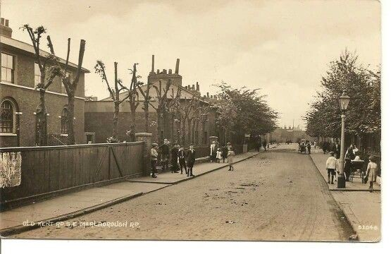 Marlborough Rd, Old Kent Road c1900 X.jpg