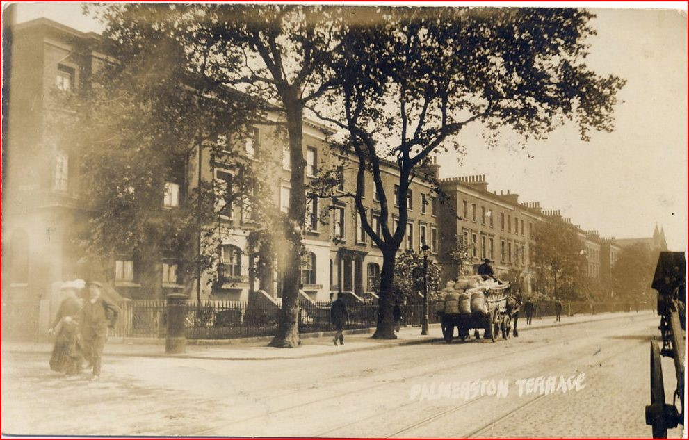 Palmerston Terrace, Jamaica Road 1914, backed onto Martin Street (Turning left).jpg