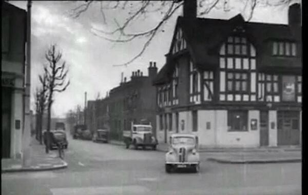 "Jamaica Road - 1950's ""The Gregorian Pub, junction of St James Road   X.jpg"