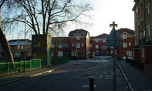 VARCOE ROAD off ILDERTON ROAD BERMONDSEY  x.jpg