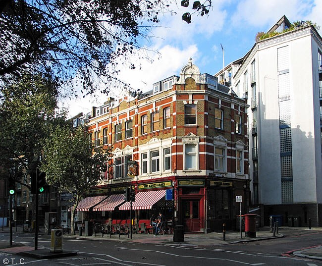 Tooley Street, Kings Arms,  SE1 - in 2014..jpg