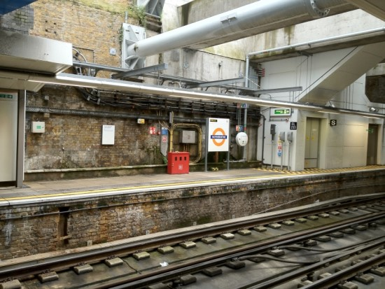 ROTHERHITHE STATION 2016 X.jpg