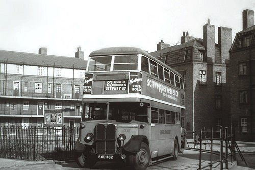 STL827 waits at the purpose-built stand at Amos Estate, not sure when it was extended to St Marychurch Street..jpg