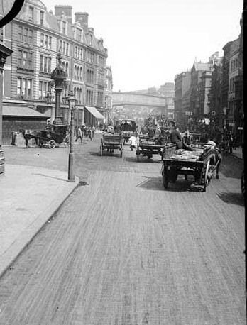 Borough High St,1870..jpg