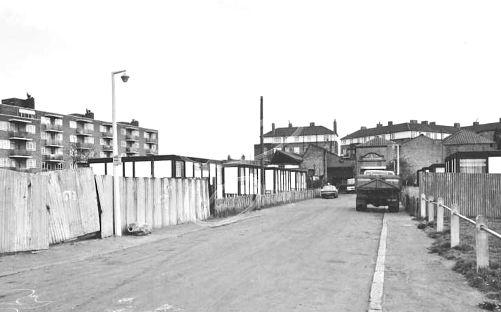 Temeraire street and prefabs - 1976.  off Albion Street, Rotherhithe..png