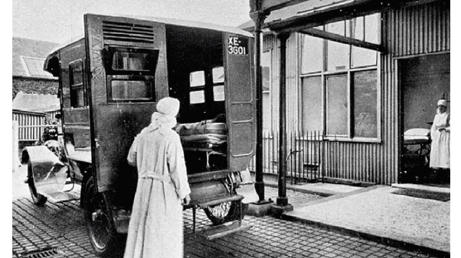 Ambulance shelter at the Receiving Station Southwark..jpg