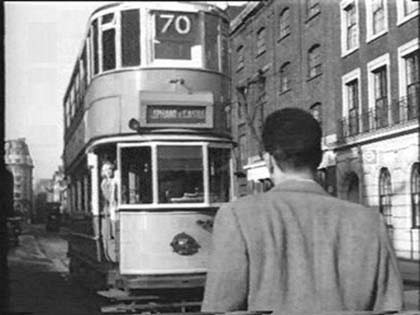 Tooley Street, taken from the film Pool of London 1951.Near Battle Bridge Lane (right).jpg