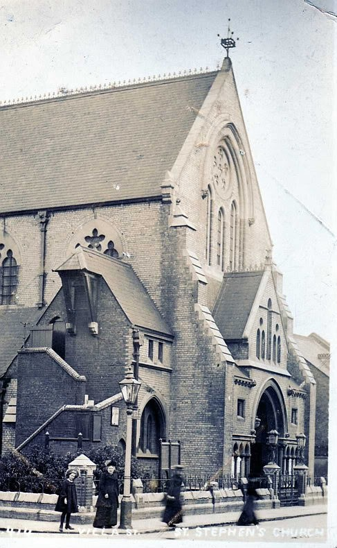 Villa St, 1870 St Stephens Church, demolished c1960.jpg