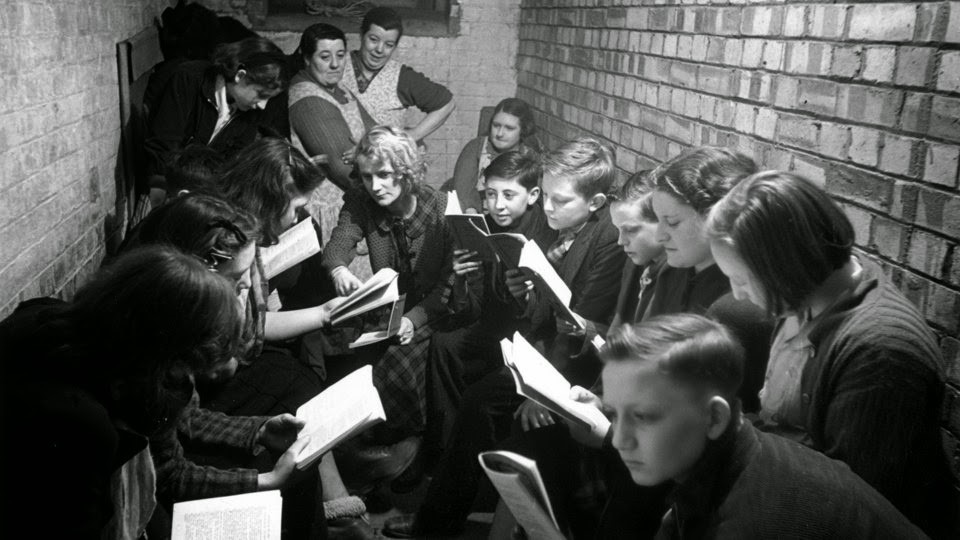 School in Bermondsey 1941.jpg