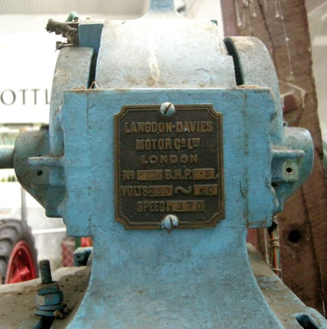 Langdon-Davies Electric motor on a sensitive drilling machine made by Phoenix Dynamo Co. On display at Rockville Machinery and Settlers' Museum, New Zealand. Now I'm a Kiwi I just had to post this..jpg