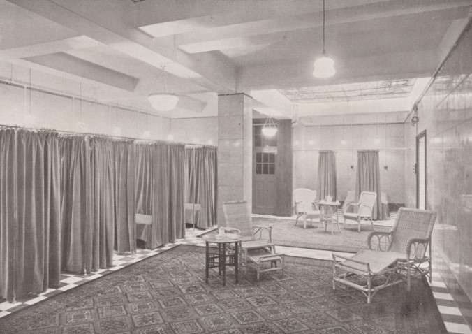 Grange Road,Turkish room at Bermondsey Public Baths.jpg