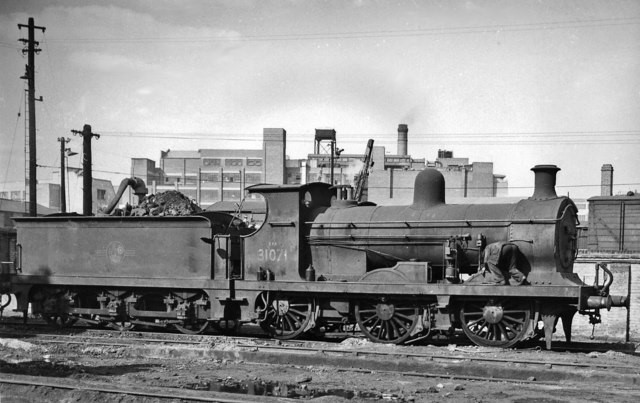 Bricklayers Arms Depot, No. 31071 was built as No. 71 in July1901 and withdrawn in 1959..jpg