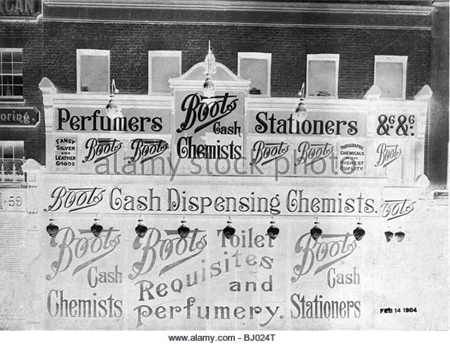58 London Road, Southwark, Shop front of Boots the Chemist, 1904..jpg