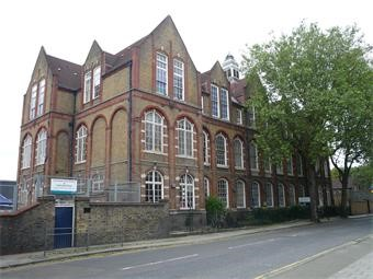 Galleywall Road, School, c2014.jpg