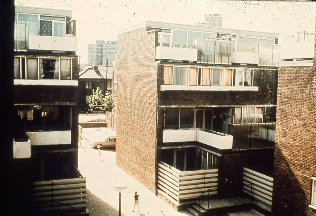 Bonamy Estate, Rotherhithe New Road, Bermondsey.jpg
